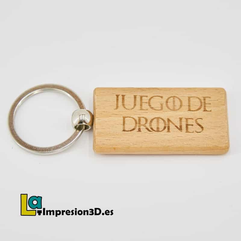 Llavero de madera Juego de Drones Texto
